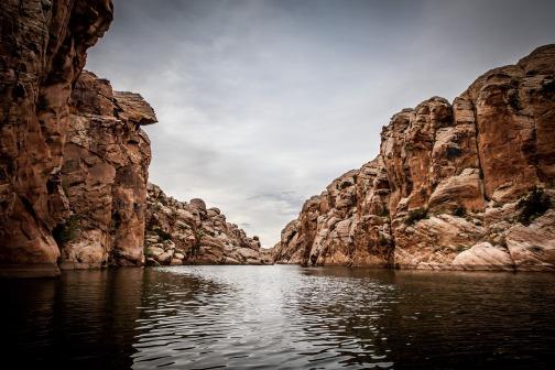 cliff-1850715_1920