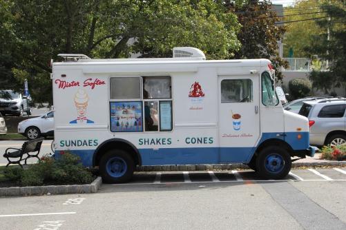 food-truck-1662327_1920